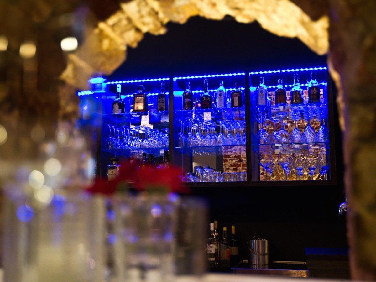Le Méridien | doorkijk naar bar